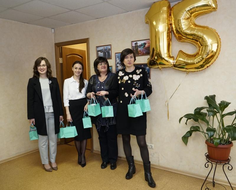 22 февраля 2018 года. Женский коллектив коллегии поздравляет мужчин с днем защитника отечества